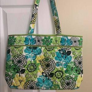 Large Vera Bradley colorful tote bag